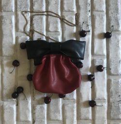 Маленькая сумочка (новая)