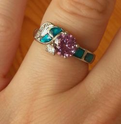 ring with cubic zirconia