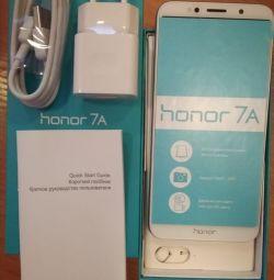 Смартфон Honor 7A Gold 16 гб