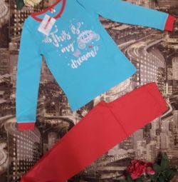 Pijamale pentru fete noi