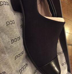 Τα παπούτσια Ecco είναι νέα!
