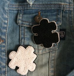 Brooches made of beads handmade