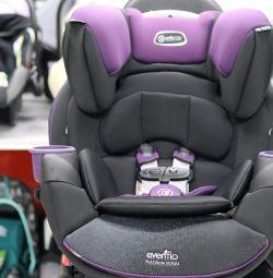 Araba koltuğu Evenflo SafeMax Platinum 0-50 kg