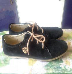Туфли для мальчика 35