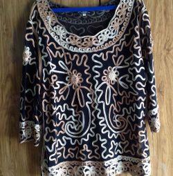 Нова блуза, р. 48-50