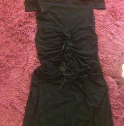 Rochie neagră frumoasă