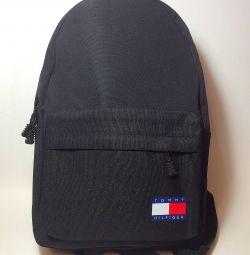 Рюкзак з USB