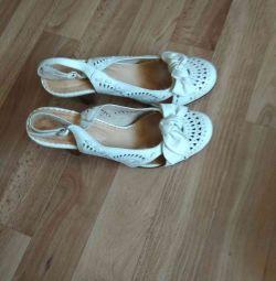Summer shoes Unichel.