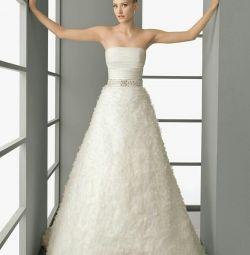 Свадебное платье с цветами Rosa Clara Polar