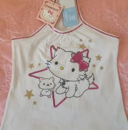 T-shirt with kitty. New.