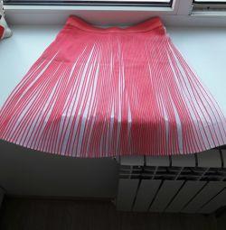 Skirt pleated (flute)