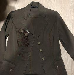Jacket, Italia