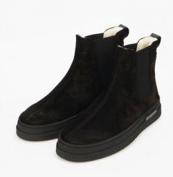 Μπότες από την εποχή GANT.