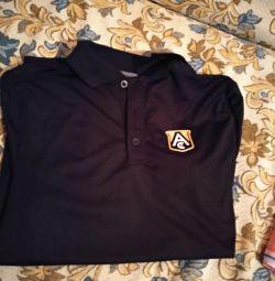 Το μπλουζάκι σπορ νέο