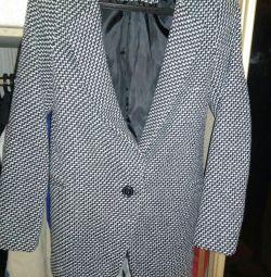 Женское пальто 42-44