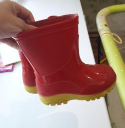 Rubber boots p.24