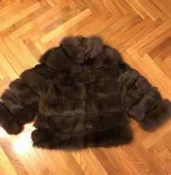 Haina de blană nouă din licitația finlandeză Arctic Fox