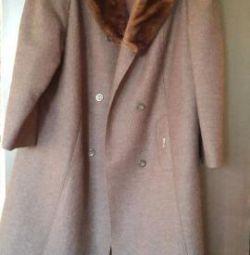 Winter drape coat collar natures