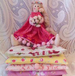 Куколка Принцесса на горошине.