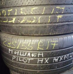 A pair of tires 235 55 17 Michelin Pilot