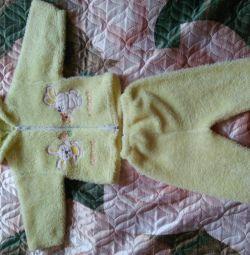 Kız için sıcak takım elbise