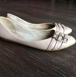 Beige ballet shoes