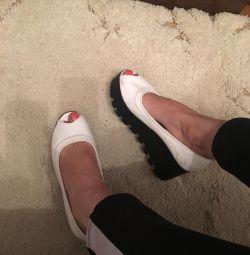 Sandals shoes