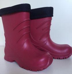 Нові суперлeгкіе чоботи без швів Reima