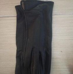 Mănuși din piele nouă