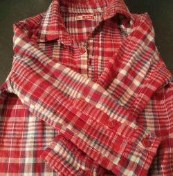 Μαλακό πουκάμισο από 1 έτος