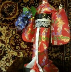 Doll's figurine