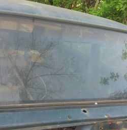 Front glass used in good condition VAZ2104