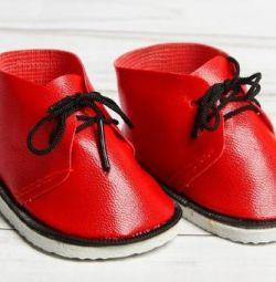 Μπότες για κούκλες