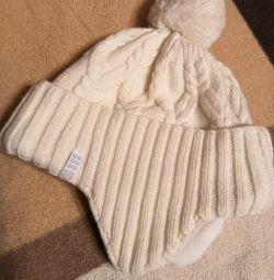 Шапка зимова для дівчинки або жінки