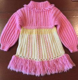 Πλεκτά φορέματα για κορίτσια σε απόθεμα