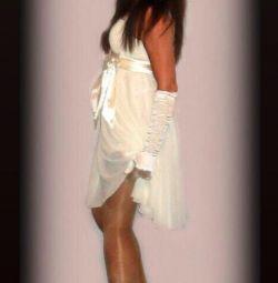 Платье праздничное 46-48 р свадебные перчатки