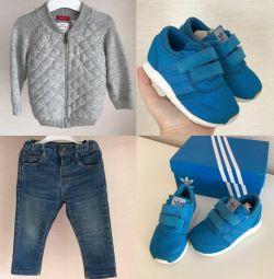 Кроссовки adidas, джинсы и кофта
