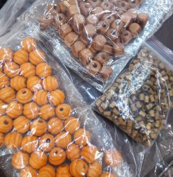 Beads in bulk for crafts, weaving, embroidery