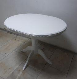 Tabelul Est-1 oval