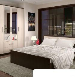 Спальний гарнітур