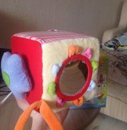куб развивающий, новый, 6м+