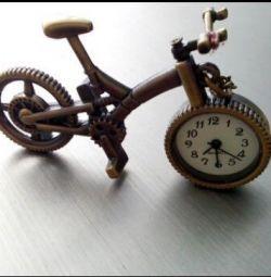 Часы на цепочке, новые