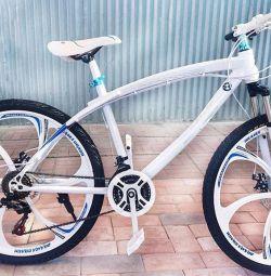 Bicicleta pe roți turnate