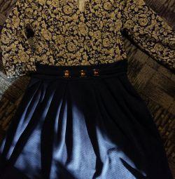 Hamile kadınlar için ve sonrası için elbise.