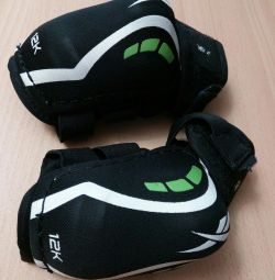 Elbow pads for hockey