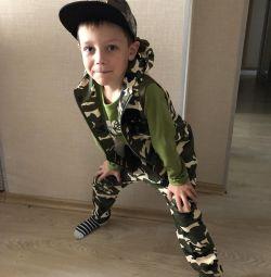 Τρία στρατιωτικά κοστούμια για ένα αγόρι 120εκ