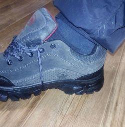 Pantofi noi de toamnă 41_40. 27,5sm