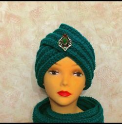 Set knitted, turban and snood in two turns