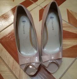 Παπούτσια σε καλή κατάσταση
