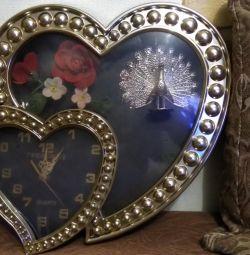 Романтические настенные часы